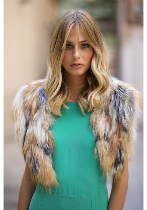 Fur collar of fox Eva