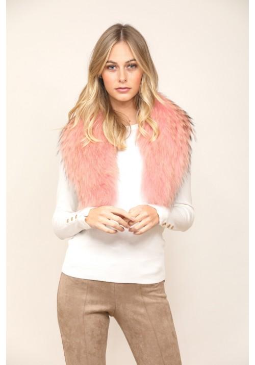 Fur collar of fox kiama