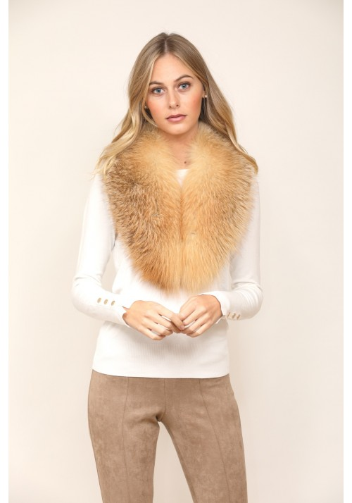 Fur collar of fox Kendall