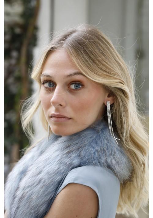 Fur collar of raccoon Aretha