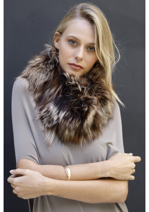 Fur collar of argente fox Dana