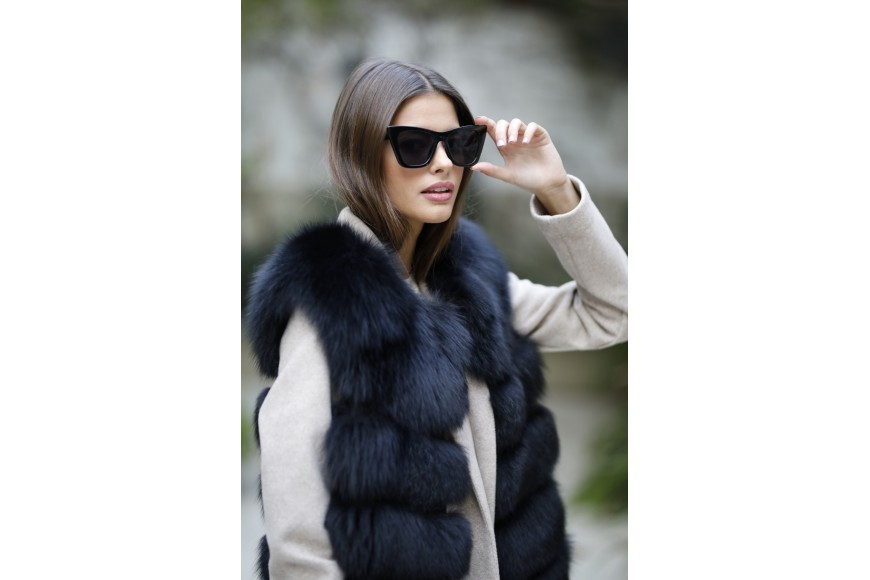 The fur vests: the perfect graments for all kinds of look and for any time of the year
